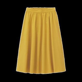 このコーデで使われているGUのミモレ丈スカート[イエロー]