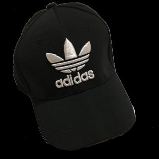 adidasのキャップ