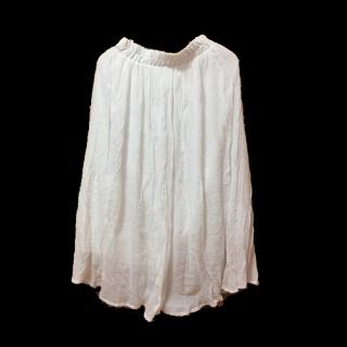 このコーデで使われているマキシ丈スカート[ホワイト]
