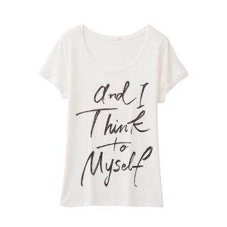 このコーデで使われているGUのTシャツ/カットソー[ホワイト]