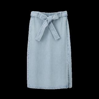 このコーデで使われているGUのデニムスカート[ブルー]