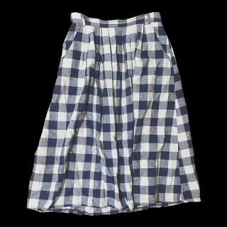 このコーデで使われているHeart Marketのミモレ丈スカート[ネイビー/ベージュ]